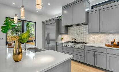 c271b4d8e7 Soha ne rakd egymás mellé a tűzhelyet, és a mosogatót, mutatom, miért!