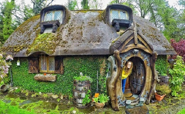 Hobbit házat épített