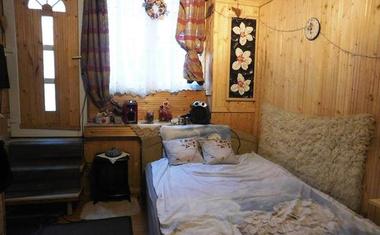 Szibériai luxuskunyhó jellegű lakás Budapesten