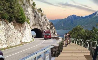 Garda tó köré 140 km hosszú kerékpárút épül