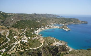 Ha Antiküthéra, egy görög szigetre költözöl, akkor pénzt és ingen telket kapsz az önkormányzattól.